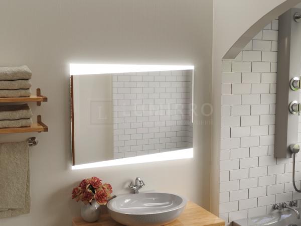 """Зеркало с подсветкой в ванную комнату """"Vernante"""""""